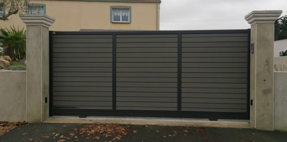 Atlantic system chauv portails pvc portails aluminium cl tures portes - Portail coulissant castorama aluminium ...